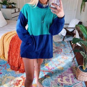 teal + navy vintage pullover
